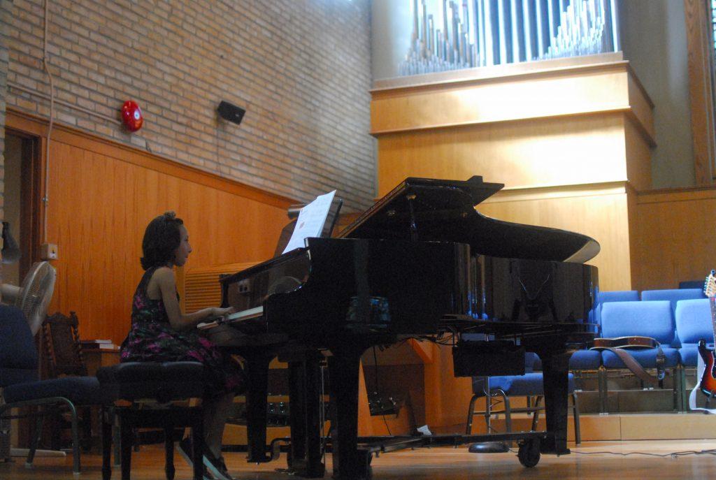 Girl Piano