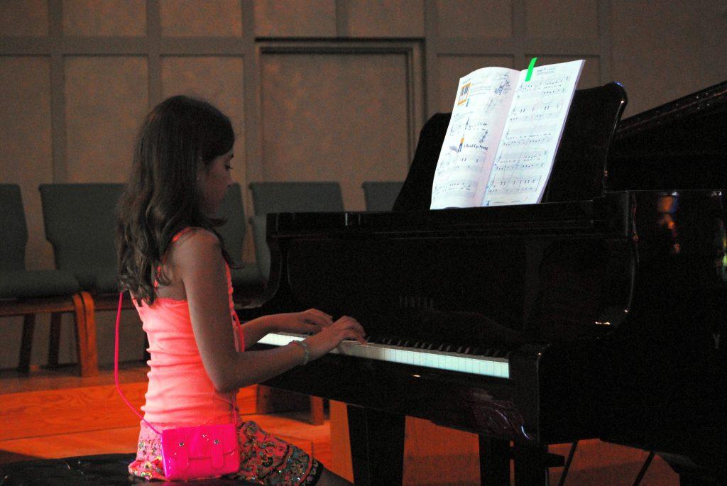 teen girl piano