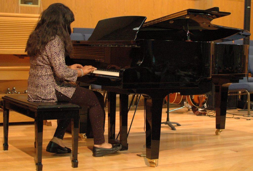 Pre Teen Girl Piano