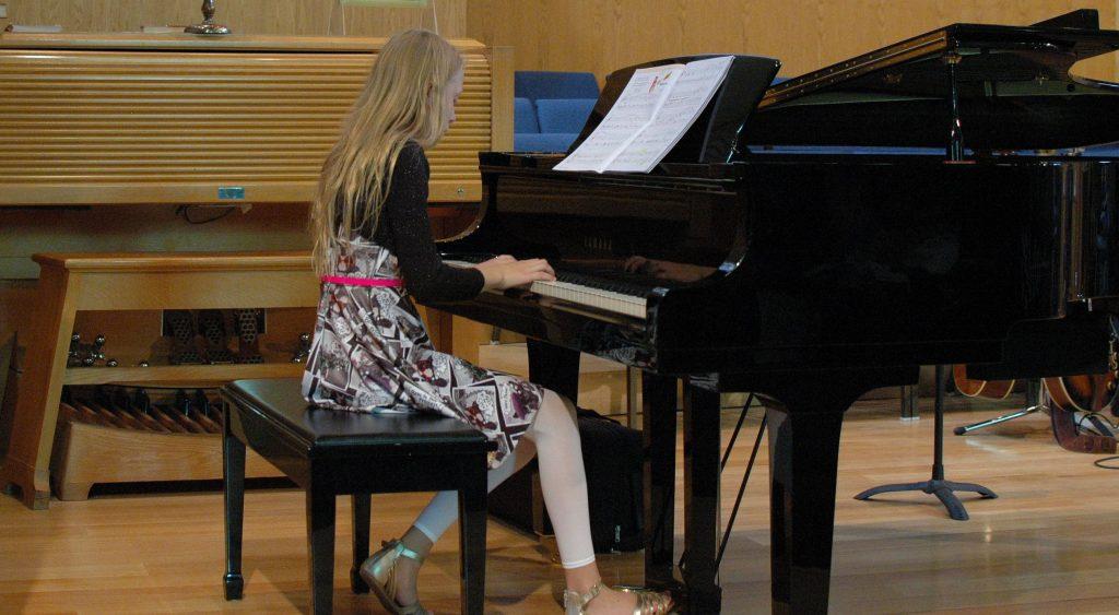Preteen Piano
